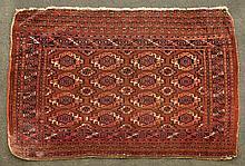 Tekke Oriental rug, 4' 9