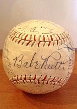 BABE RUTH AUTOGRAPHED BASEBALL W12333