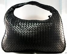BOTTEGA VENETA Black Hand Bag W1801