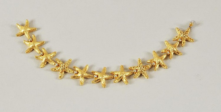 18K Gold & Yellow Diamond Starfish Bracelet