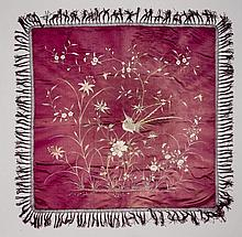 VERY ATTRAKTIVE SILK CLOTH WITH A COMPOSITION OF FLOWERS
