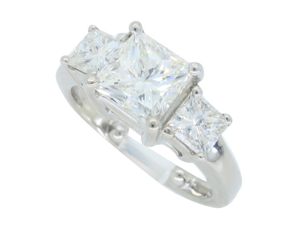 14KT White Gold 2.26ctw Diamond Ring