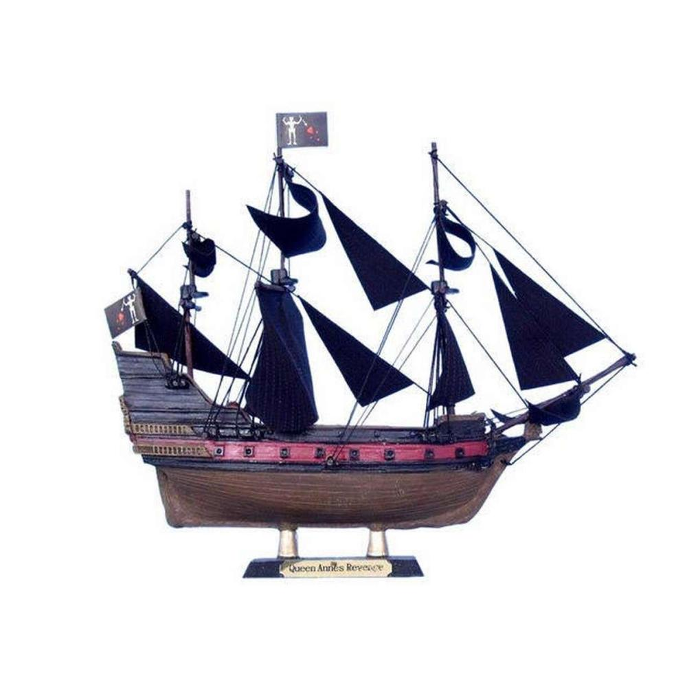Blackbeards Queen Annes Revenge Limited Model Pirate Ship 7in.