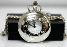 Moden Style Silvertone Quartz Movement Pocket Watch w/c