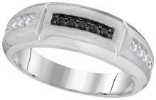 10kt White Gold Mens Round Black Colored Diamond Notched Band Ring 1/4 Cttw