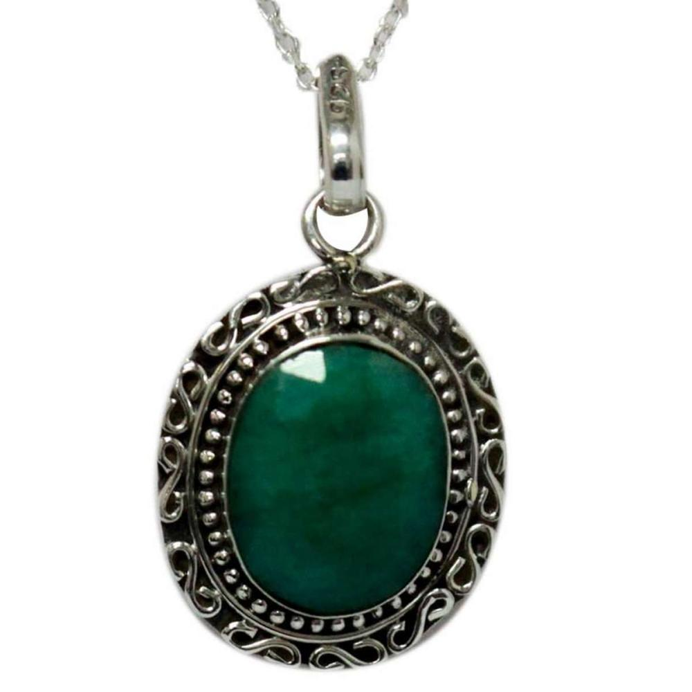 BEAUTIFUL SILVER PEDNANT WITH GREEN EMERALD STONE CTW 6