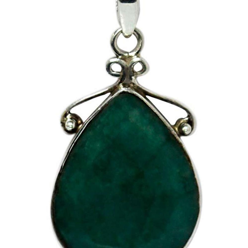 BEAUTIFUL SILVER PENDANT WITH EMERALD GREEN STONE CTW 1