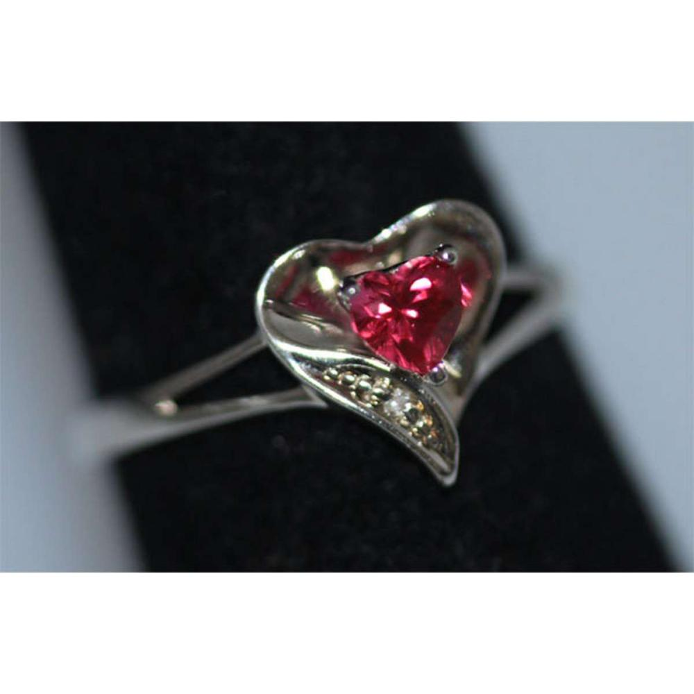 Lot 1131: 0.01 CTW DIAMOND AND CREATION RUBY RING .925 STERLING S