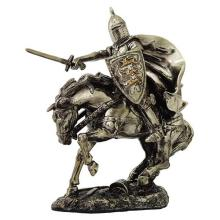 ELECTOPLATED COLD CAST RESIN MEDIVAL KNIGHT H: 8 1/2
