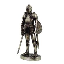 ELECTOPLATED COLD CAST RESIN MEDIVAL KNIGHT H: 7