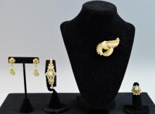 4 pc. Set Diamond and Peridot Brooch & Earring & Bracelet & Ring