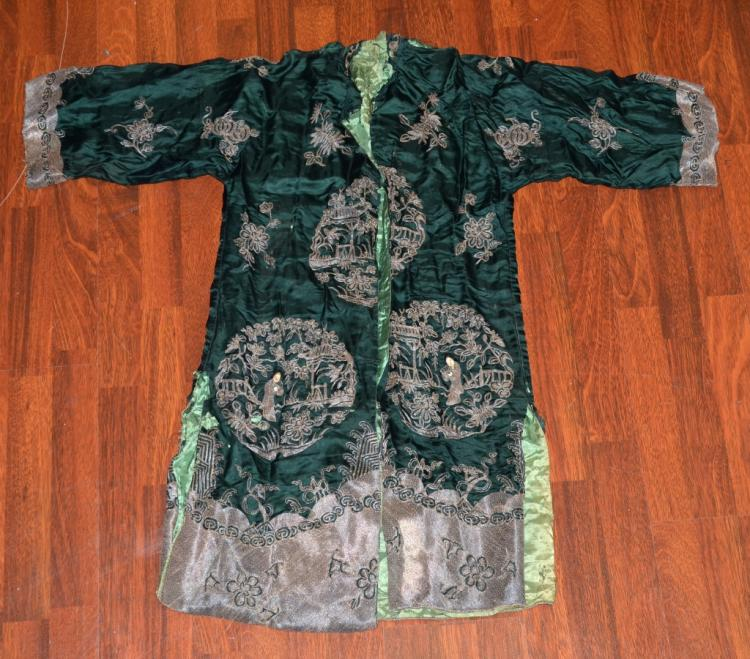 Chinese Embroidery Robe in Green Color