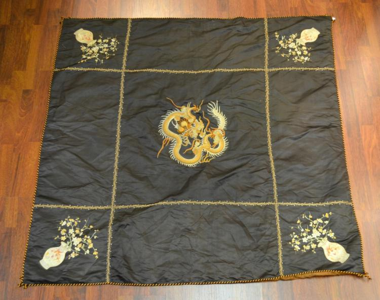 Chinese Dragon Square Bedspread