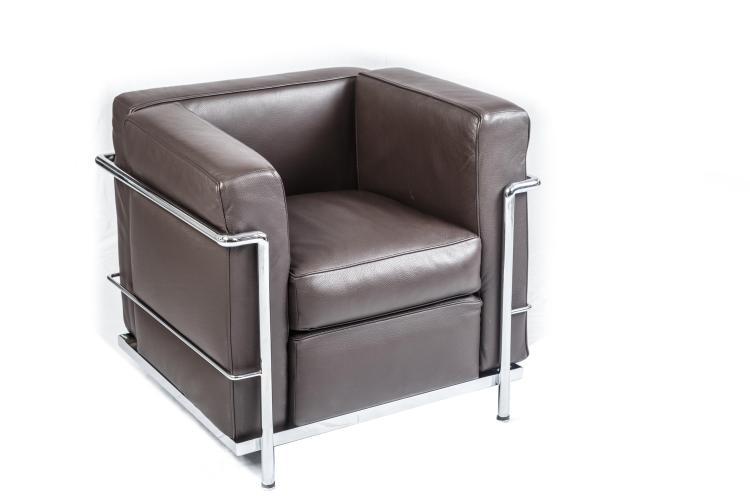 Canap et paire de fauteuils le corbusier r dition ancienne - Canape cuir italien solde ...
