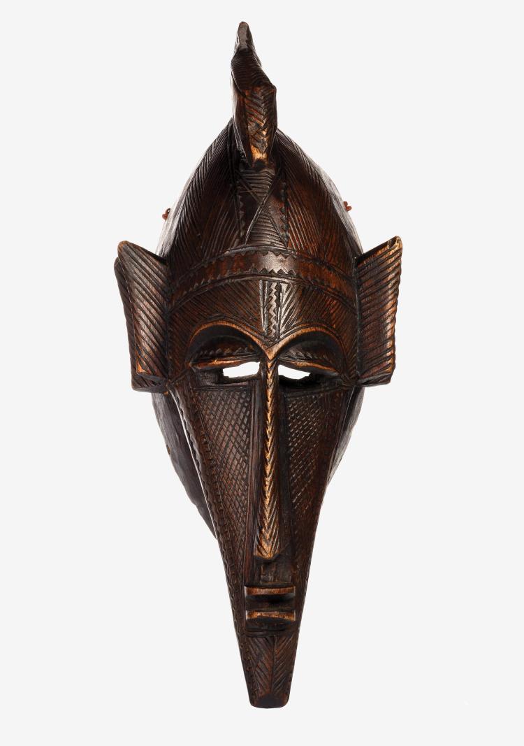 Très beau masque Suruku.