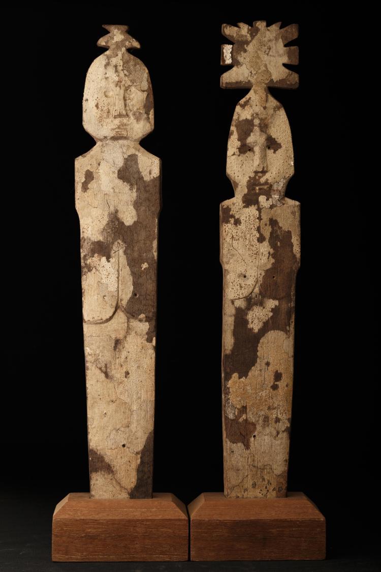 Couple protecteur en bois polychrome