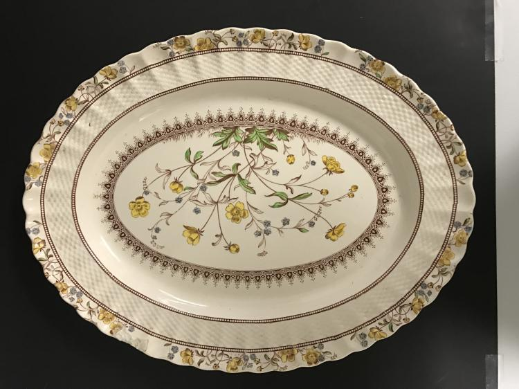 20TH C SPODE COPELAND BUTTERCUP CHARGER