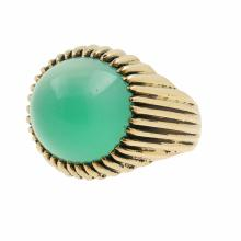 Vintage Estate 18K Yellow Gold Bezel Set Jade Cabochon Ring
