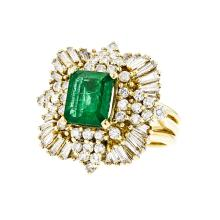 Gorgeous 18K Yellow Gold Women's Diamond & Emerald Ring - 2.57CTW - Brand New