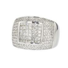 Elegant Modern 18K White Gold Men's Stylish Diamond Ring - 1.55CTW - Brand New