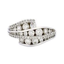 Beautiful 18K White Gold - 1.70CTW - Sparkling Diamond Women's Ring - Brand New