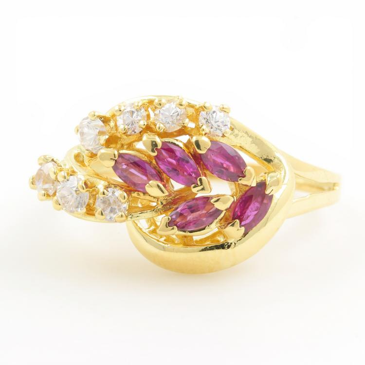 Vintage Classic Estate 18K Yellow Gold Ladies Zirconia Red Spinel Ring