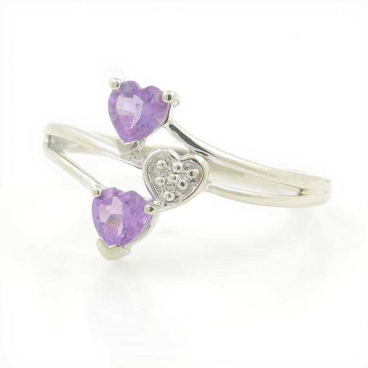 Elegant Modern Ladies 10K White Gold Amethyst Diamond Promise Ring - 0.35CTW