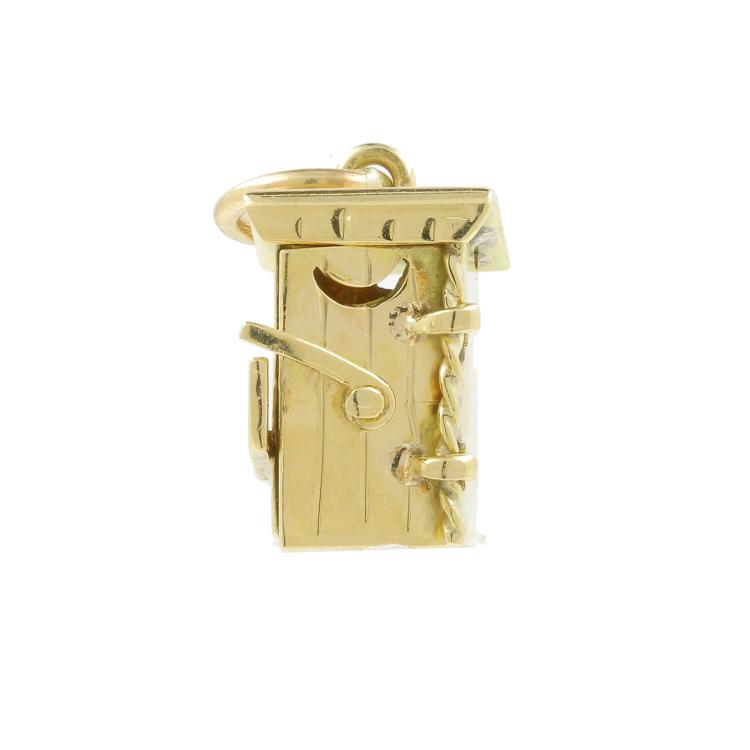 Estate 14K Yellow Gold Detailed 18MM 3D Outhouse Charm Pendant