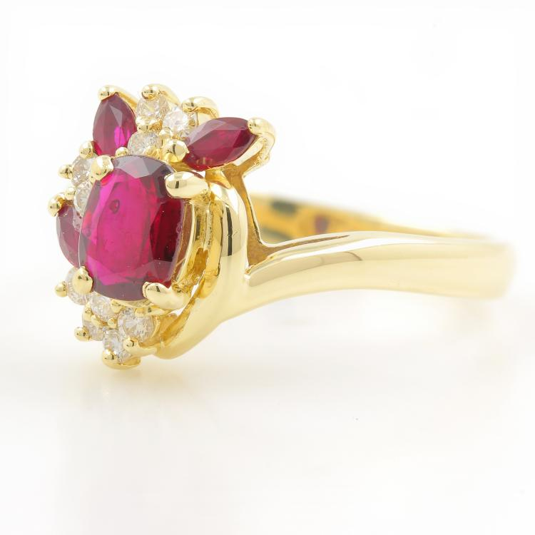 Vintage Estate 14K Yellow Gold Ladies Ruby Diamond Cocktail Ring - 1.00CTW