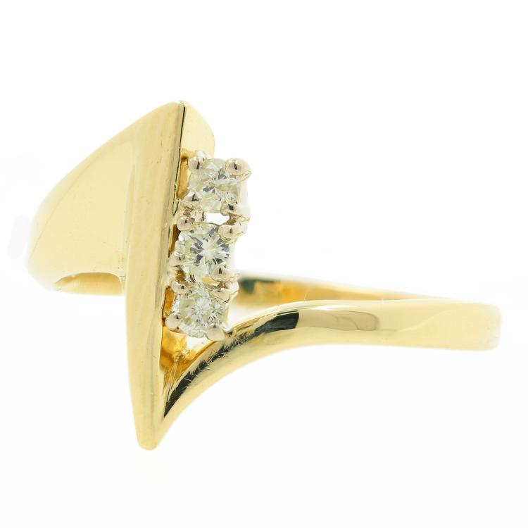 Vintage Classic Estate 14K Yellow Gold Ladies Diamond Bypass Ring - 0.15CTW