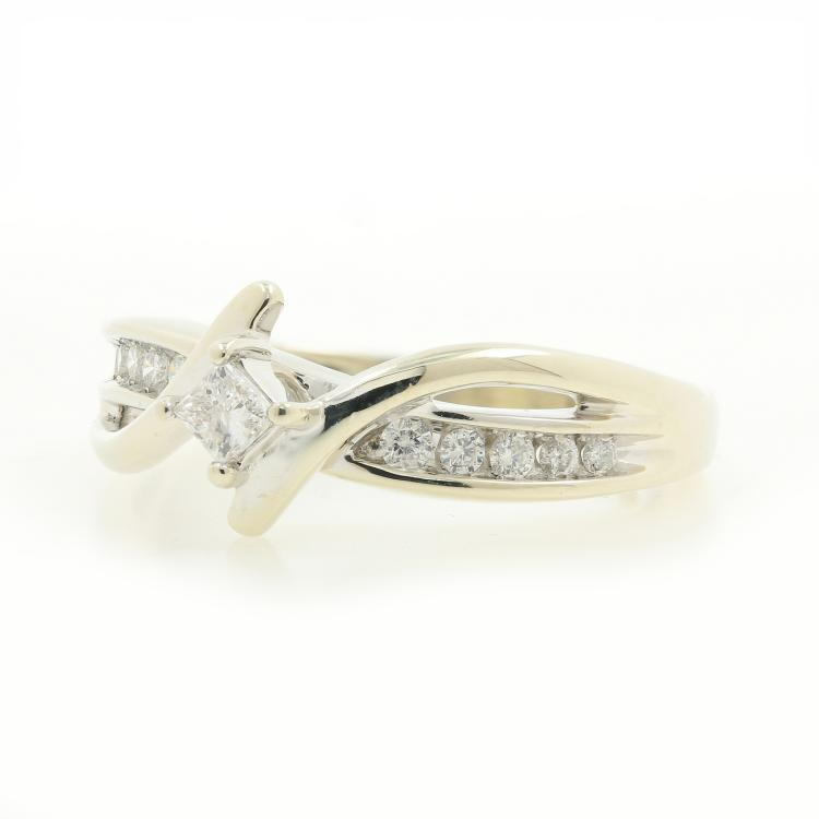 Vintage Classic Estate 10K White Gold Ladies Diamond Bypass Ring -  0.32CTW