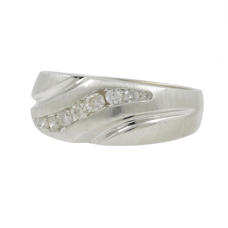 Modern Men's 14K White Gold Round Cut Diamond Ring Band - 0.35CTW