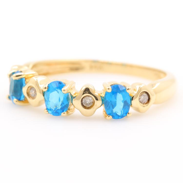 Beautiful Classic Estate Ladies 14K Yellow Gold Blue Zirconia Diamond Ring Band