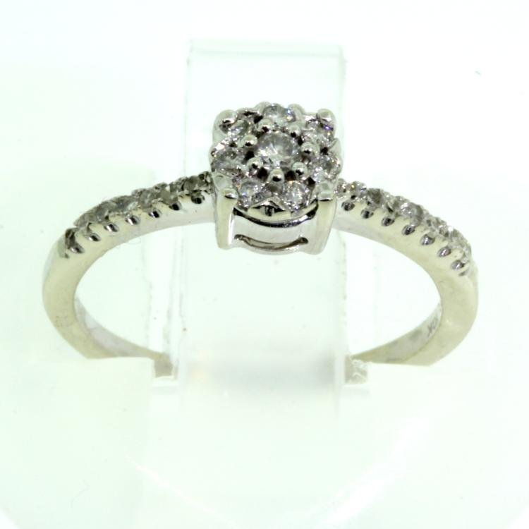 Modern Fashion Ladies 10K White Gold Beautiful Natural Diamond Ring
