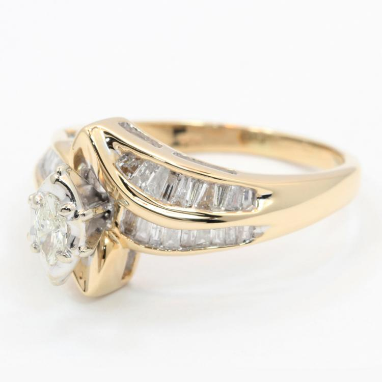 Exquisite Modern Ladies 14K Yellow Gold Elegant Diamond - 0.75CTW - Bypass Ring