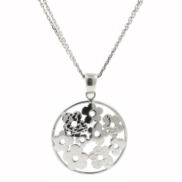 Classic Ectate Charming Ladies 14K White Gold Flower Disk Pendant and Chain