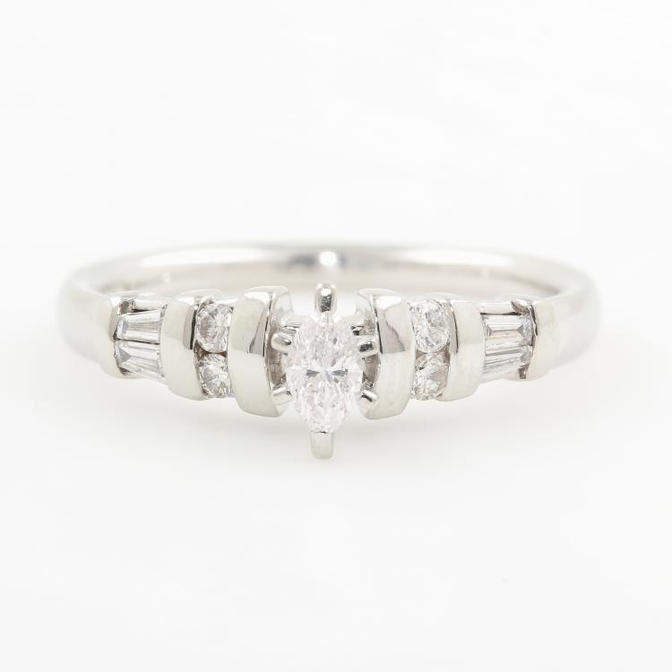 Modern Ladies Platinum PT950 Marquise Diamond Engagement Wedding Ring - 0.35CTW