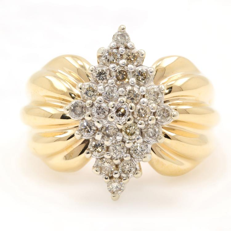 Gorgeous Vintage Estate 14K Yellow Gold Diamond Cluster Ladies Ring - 0.50CTW