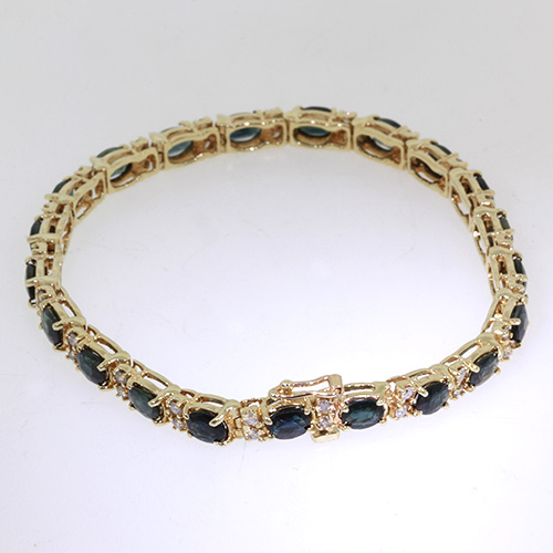 Estate Ladies 14K Yellow Gold Elegant Blue Spinel & Diamond Tennis Bracelet
