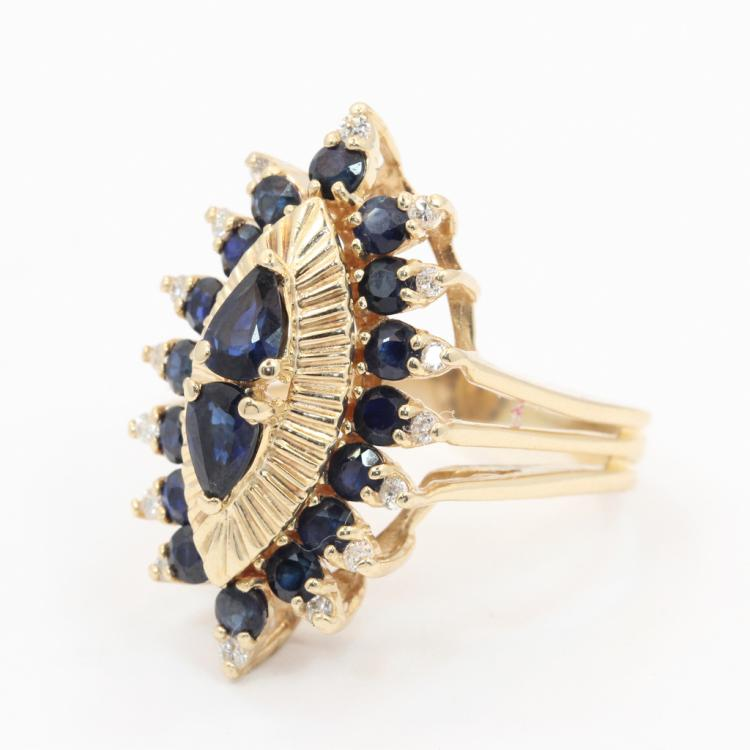Fine Vintage Estate 14K Yellow Gold Diamond Blue Sapphire 2.80CTW Cocktail Ring