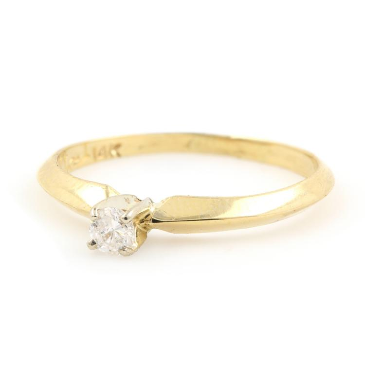 Vintage Estate 14K Yellow Gold Classic Diamond 0.10CTW Solitaire Engagement Ring