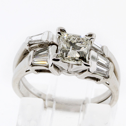 Modern Elegant 14K White Gold Diamond Engagement Wedding Ring Set - NEW -0.90CTW