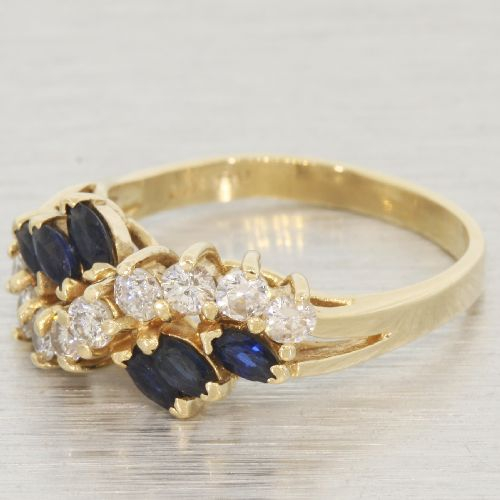 Vintage Estate Classic Ladies 14K Yellow Gold Gorgeous Diamond & Sapphire Ring