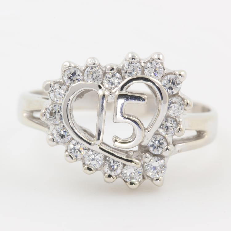 Classic 14K White Gold Lovely Zirconia Heart Quinceanera 15 Birthday Ring