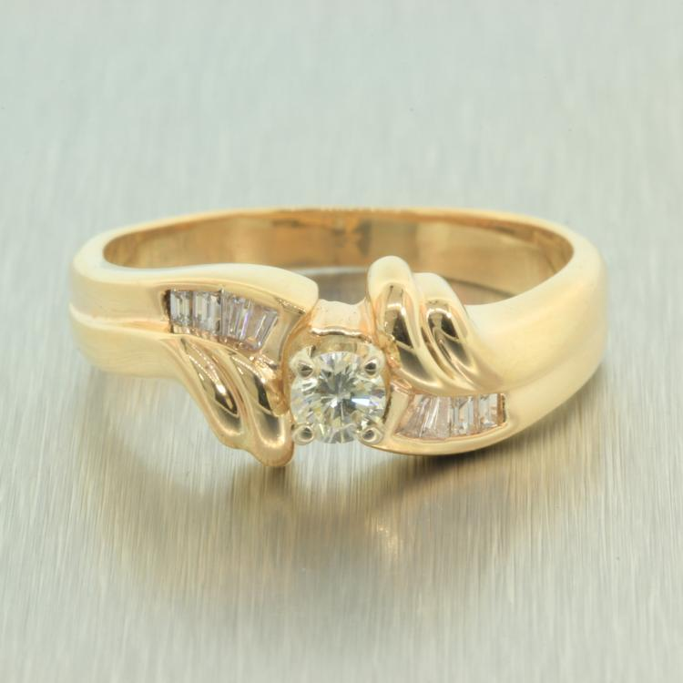 Exquisite Ladies 14K Yellow Gold Elegant Diamond - 0.35CTW - Bypass Ring