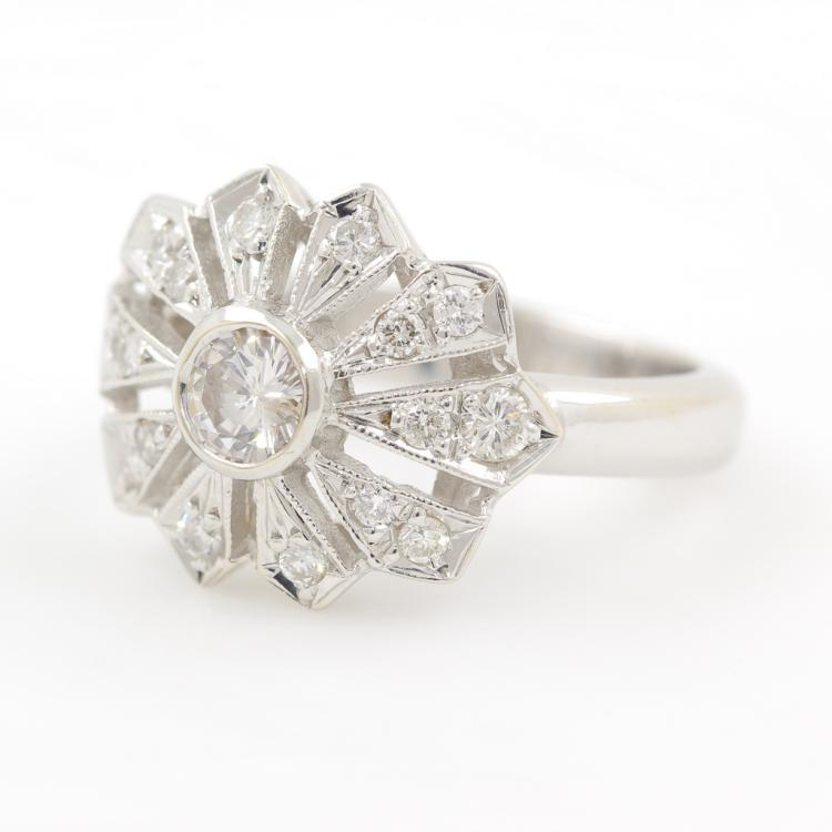 Exquisite Vintage Estate Ladies 18K White Gold Charming Diamond - 0.75CTW - Ring