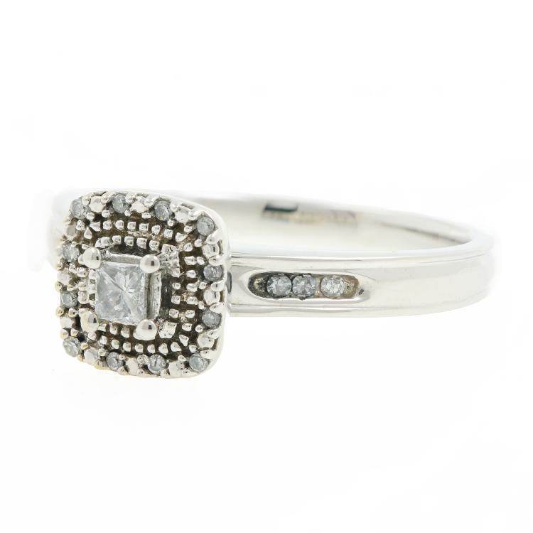 Fancy Ladies Estate 14K White Gold Princess Cut Diamond Engagement Ring 0.30CTW