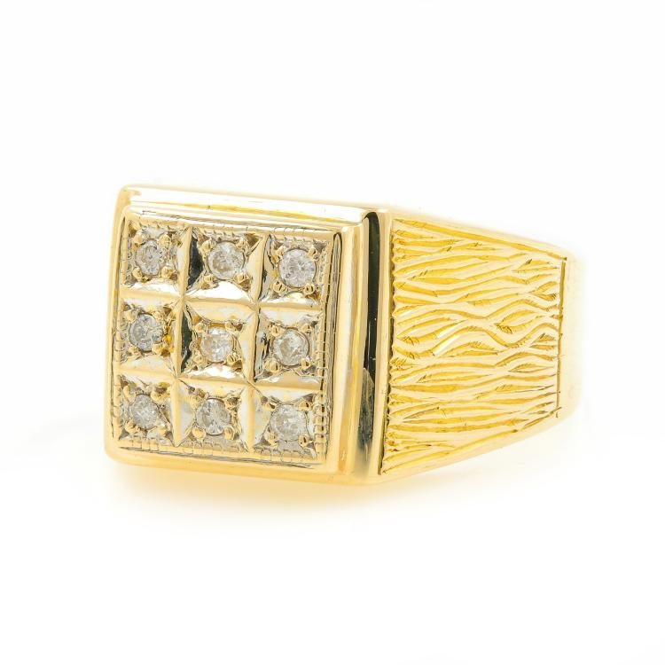 Stunning Vintage Estate 14K Yellow Gold Mens Diamond Ring - 0.12CTW Size 6.75
