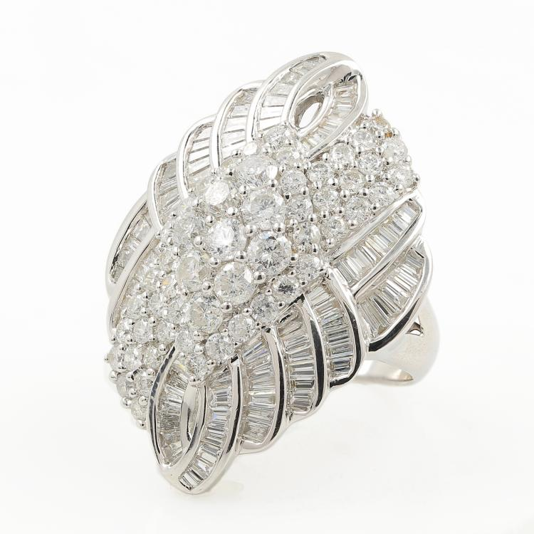 Exquisite Modern 14K White Gold Diamond 4.80CTW Ladies Cocktail Ring