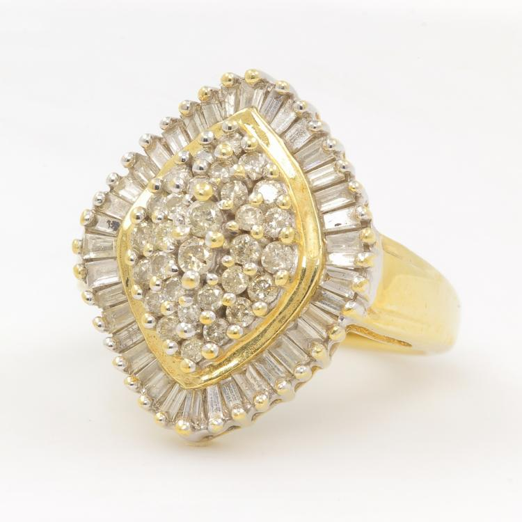 Gorgeous Classic Estate 10K Yellow Gold Diamond Ladies Coctail Ring - 1.15CTW